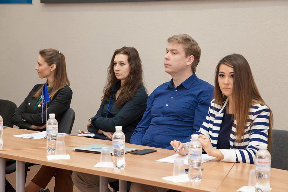 У Бізнес-школі МІМ-Київ пройшла дискусія, присвячена e-skills та e-SME's